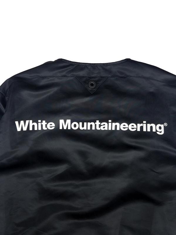 White Mountaineering ホワイトマウンテニアリング GORE-TEX INFINIUM NO COLLAR COACH JK ノーカラー コーチジャケット ブラック WM2073202 / ブルゾン