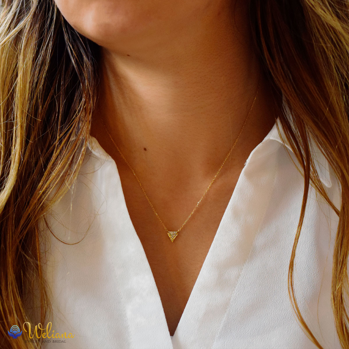 ハワイアンジュエリー ネックレス K18 ゴールド ダイヤモンド (Weliana)トライアングルウェーブ ダイヤ 0.07ctペンダントwne1602