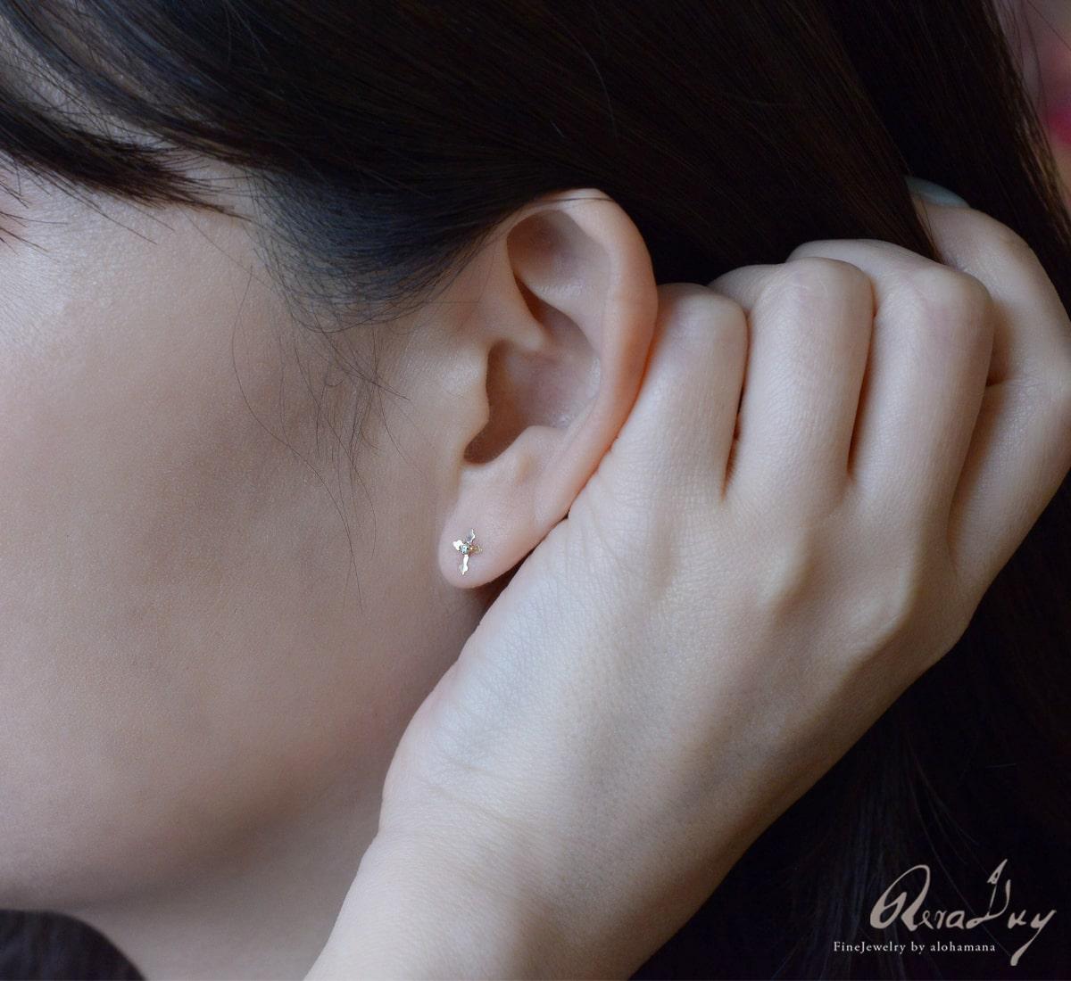 K18 ゴールド ピアス レディース 女性 アクセサリー (RERALUy) 一粒ダイヤモンドクロス ピアス 0.012ct  両耳用 新作/rpe1680k18
