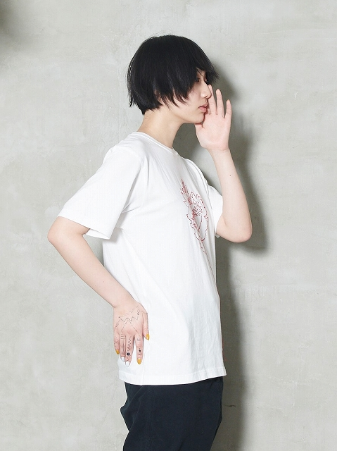 【STORAMAストラマ】 ×鈴木貴雄(UNISON SQUARE GARDEN) Embroidery T-shirts STRM20-13A/聖心(2色)