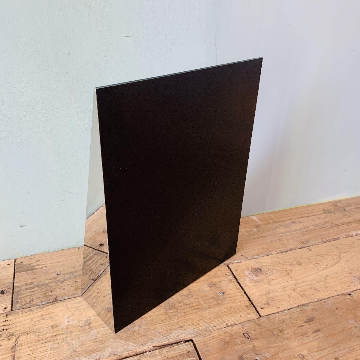 Triangular mirror(トライアングルミラー)