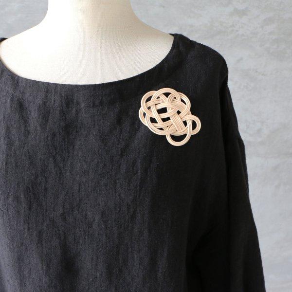 neulo ネウロ ブローチ ナチュラル 906-b-012-02 籐 ラタン アクセサリー 服飾小物 メール便対応