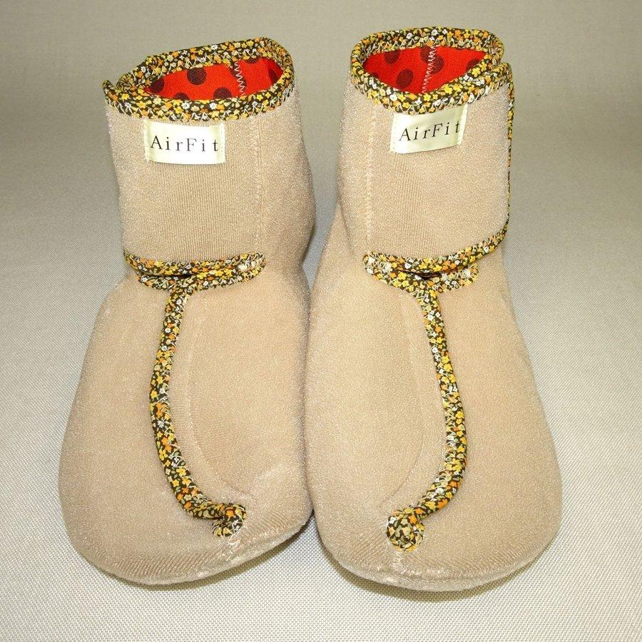 【しもやけ対策に】 銅繊維靴下「足もとはいつも青春」 ルームシューズ