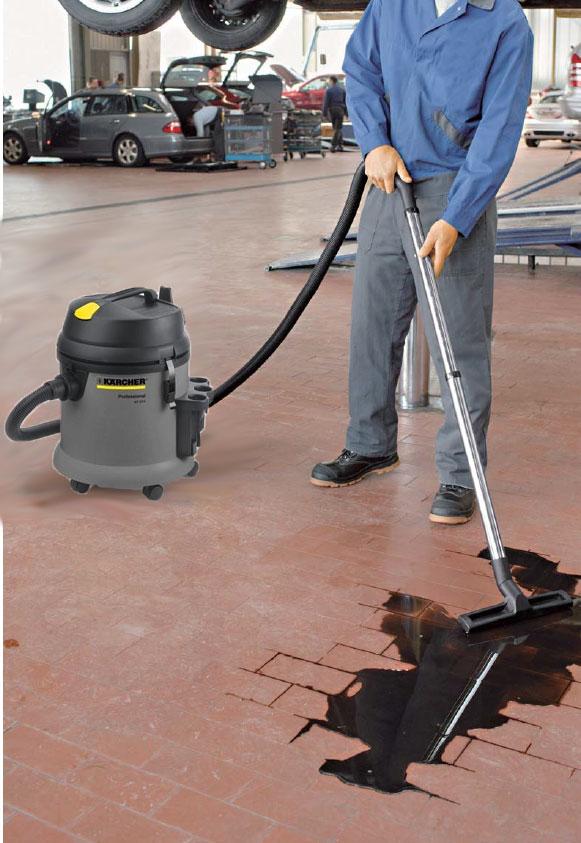 ケルヒャーNT27業務用乾湿両用クリーナー(ゴミ・水・砂・土など乾いたゴミも湿ったゴミも吸い込む!)