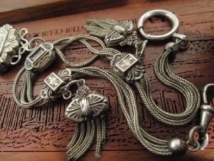 フランス純銀アンティーク 3連シルバーチェーン 豪華タッセルフォブ×3 懐中時計