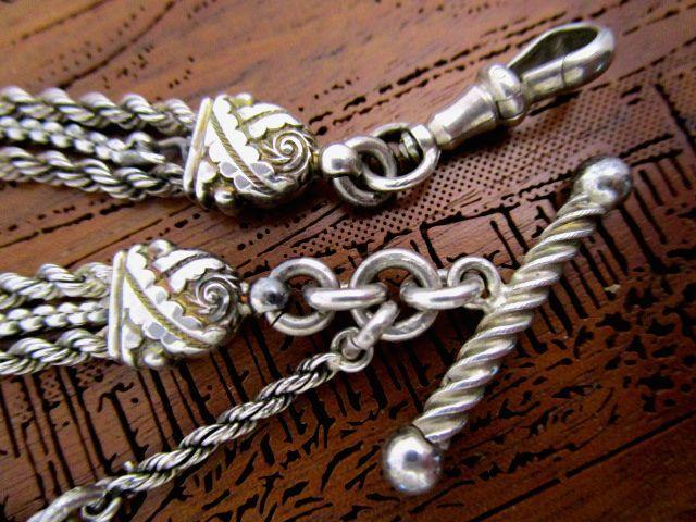 英国アンティーク シルバー チェーン 花柄彫金フォブ &タッセル 豪華3連 チェーン 懐中時計 純銀 ビクトリア後期