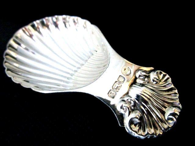 英国ビンテージ スターリングシルバーキャディースプーン シェル型 コキーユ 紅茶 純銀 シェフィールド 1978年 純銀 FH社製