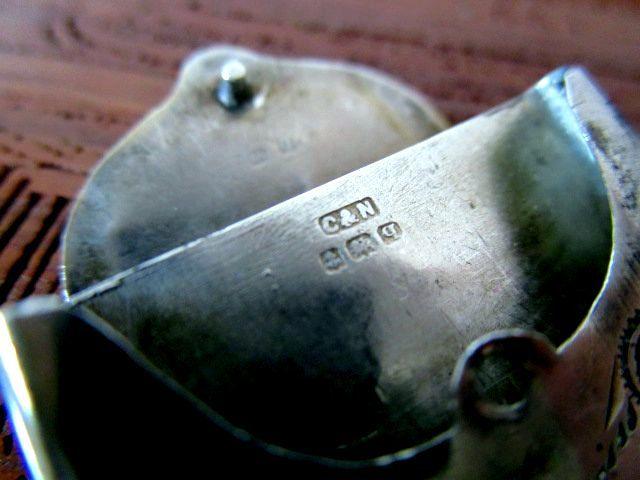 英国アンティーク シルバーフォブ チェーン 切手 スタンプケース ペンダント 純銀 イギリス バームンガム ジョージ5世1915年 CN社製