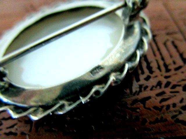 英国ビンテージ/アンティーク スターリングシルバー ブローチ マザーオブパール 白蝶貝 純銀6g オーバル型 イギリス