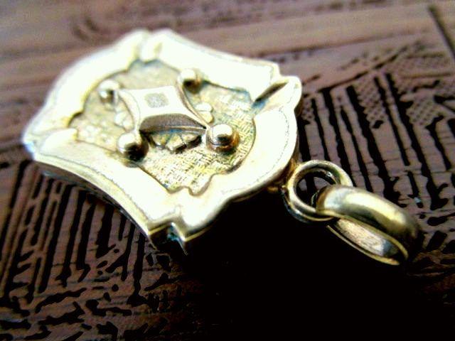 英国アンティーク フォブ 懐中時計 チェーン ローズ ゴールド フォブ/ペンダント 菱形 両面装飾 イギリス