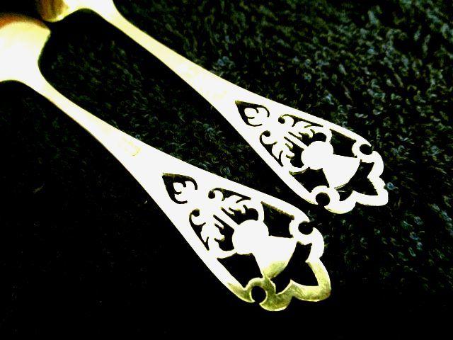 英国ビンテージ シルバー ティーキャディ シャベル型 スプーン シスル 純銀 スコットランド エジンバラ FH社製2本