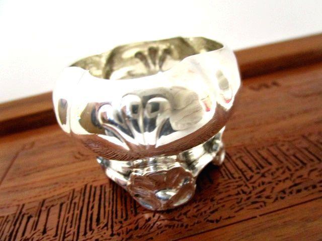 英国アンティーク ソルトボウル 小物入れ シェル型スタンド銀器 純銀 42.5g イギリス雑貨 ロンドン ビクトリア期1893年WM社製