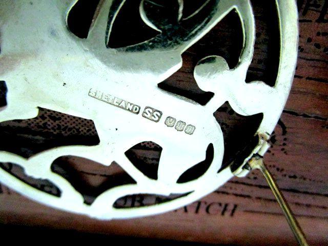 英国ビンテージ スターリングシルバー大きなブローチ 馬/ホース ヴァイキング ケルト 純銀14.6g スコットランド/シェットランド 1965年SS社