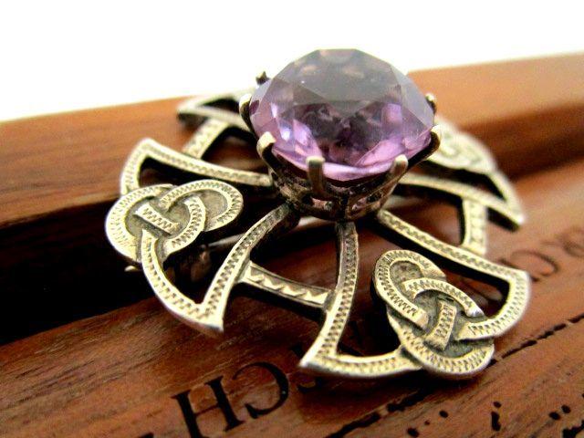 英国ビンテージ シルバー925 ブローチ SCOTLAND Celtic スコティッシュ ケルトア メジスト 純銀