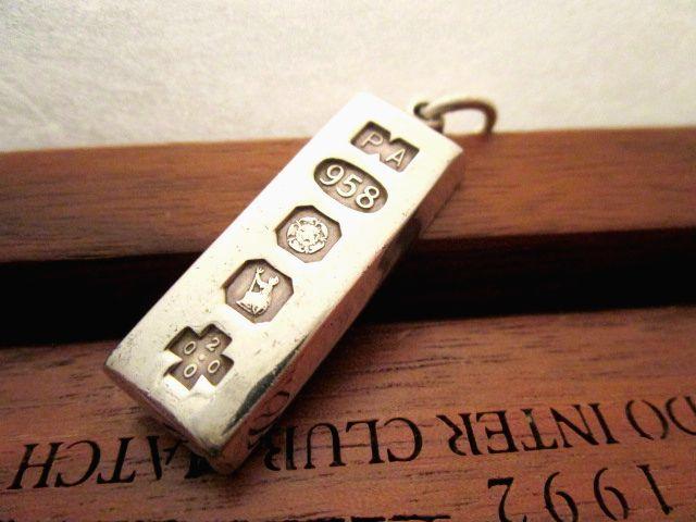 英国ビンテージ ブリタニア シルバー958 インゴット ペンダント/フォブ チェーン 純銀 イギリス シェフィールド
