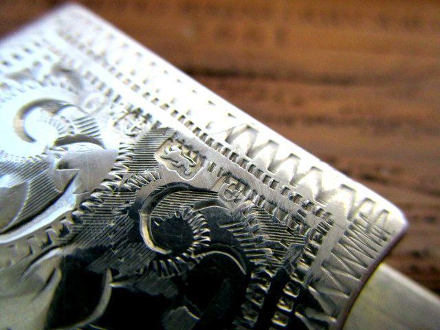 英国アンティーク シルバー カード ケース/ホルダー唐草模様 純銀 バーミンガム エドワード期1904年
