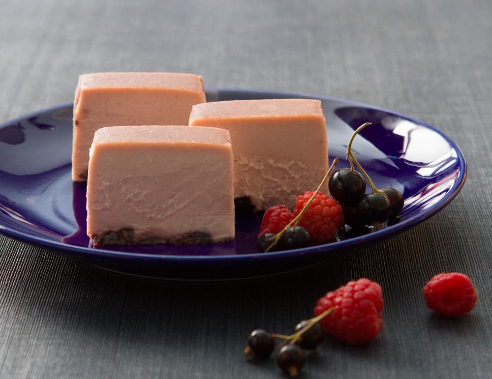 【期間限定】チーズケーキ カシス フランボワーズ