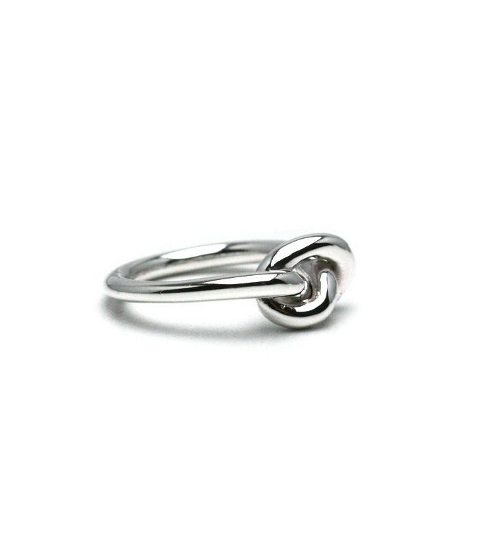 DECORATE Swirl Knot Ring