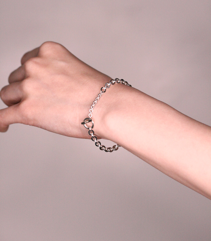 DECORATE Oval Chain Bracelet