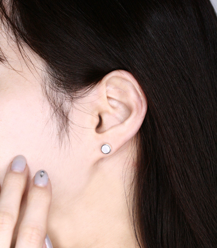White Mother of Pearl Pierce