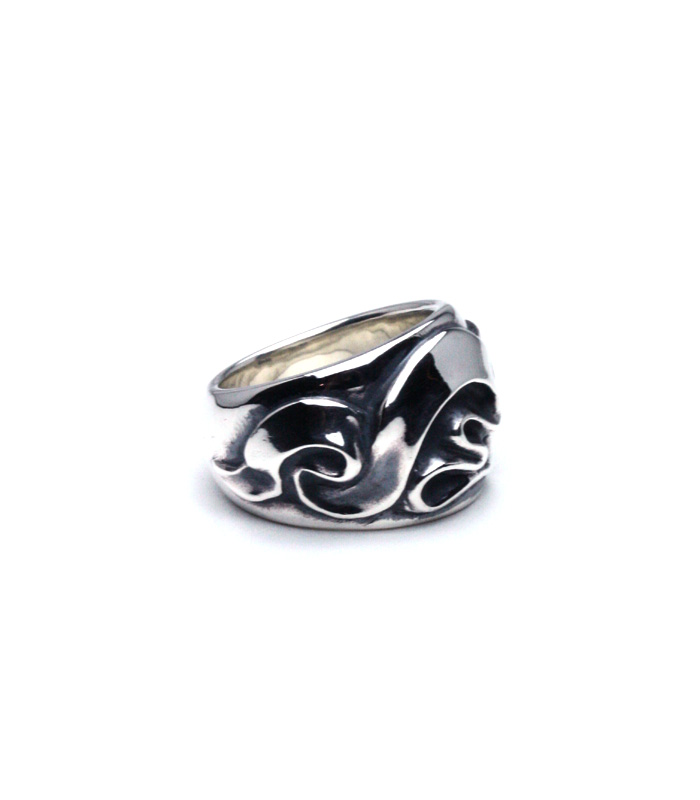 Wave Ribbon Ring / Wide