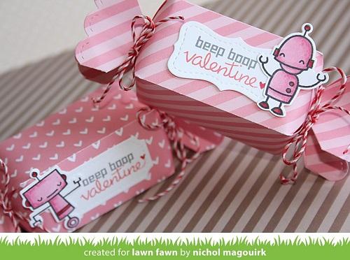 Lawn Fawn LawnCuts LF857 Candy Box