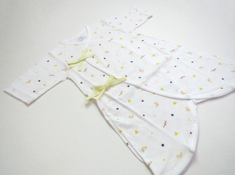 クマ柄プリントコンビ肌着(ホワイト)