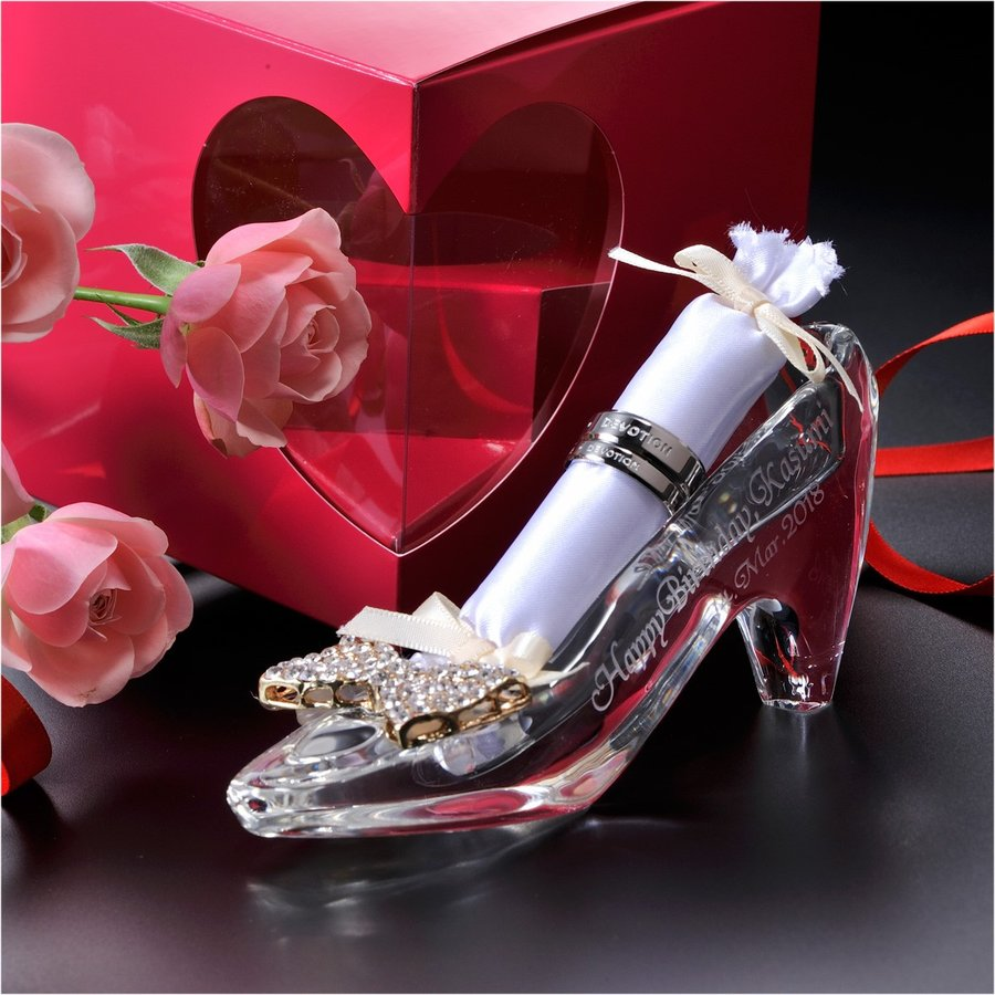 名入れ クリスタル製ガラスの靴 選べるリボンチャーム リング挿し付