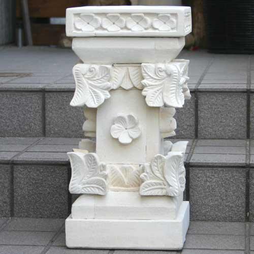石像スタンド・プルメリア