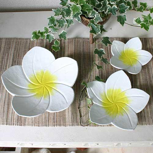 プルメリアの花トレー
