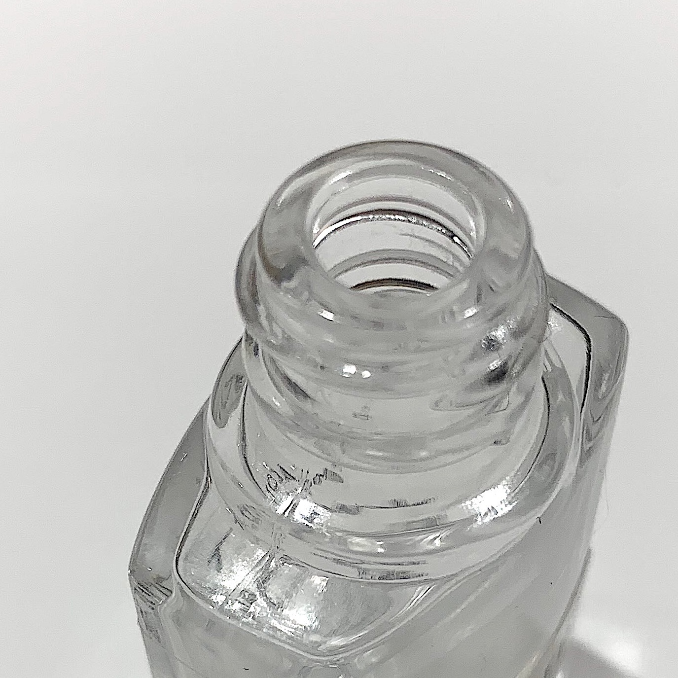 ローズバーガンディグリーン(パルファム)ミニボトル5ml【2020年最新作】MACOTT 限定熟成香水
