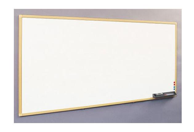 壁掛けタイプ(W900×H600) ホーローホワイトボード(木調枠)