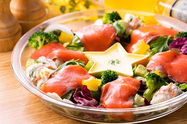 紅鮭燻製スライス300g(化粧箱入り)