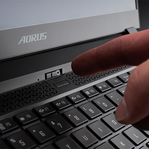 15.6インチ / Core i7 / RTX 3080 Laptop / メモリ 32GB / SSD 1TB / Win10 home / ゲーミングノートパソコン GIGABYTE ギガバイト AORUS 15G YC-8JP2450SH