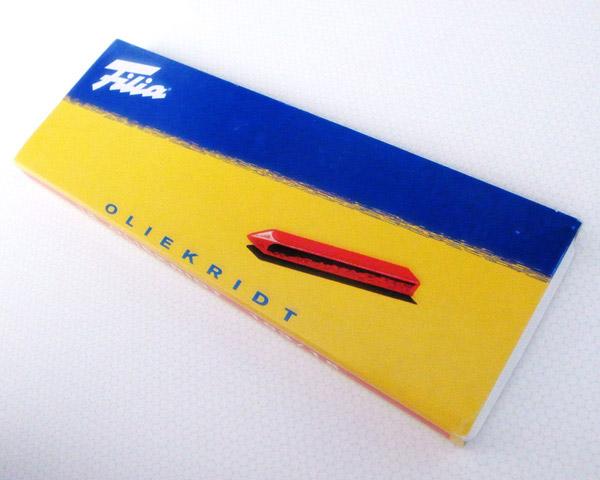 フィリア (Filia) オイルクレヨン 18色