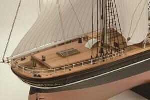 ウッディジョー木製帆船模型1/100カティサーク[帆付き]レーザーカット加工