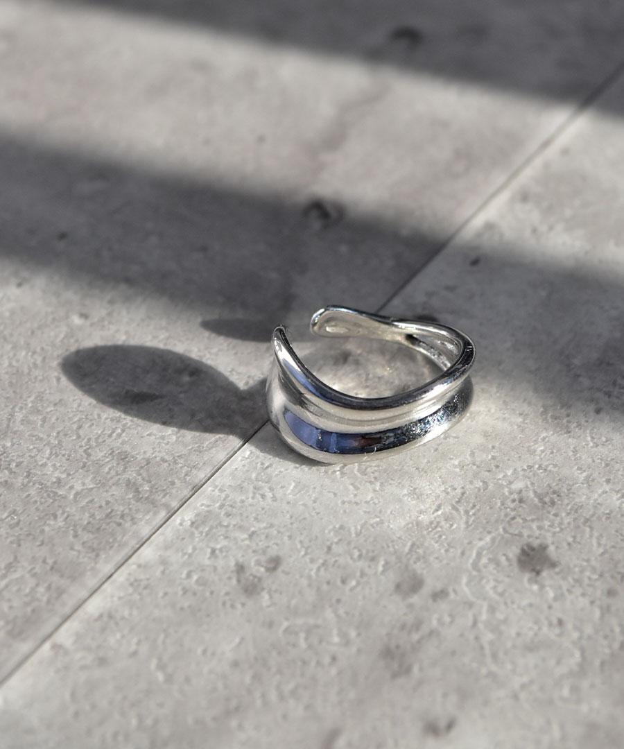 【SUMMER SALE/クーポン利用不可・返品交換不可】Asymmetry volume ring 26048