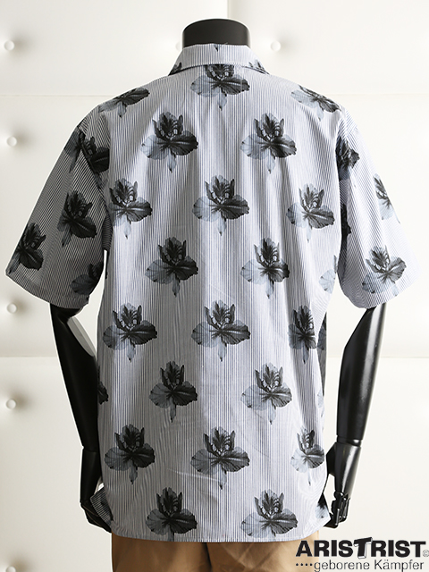 ATランバンべオシャツ