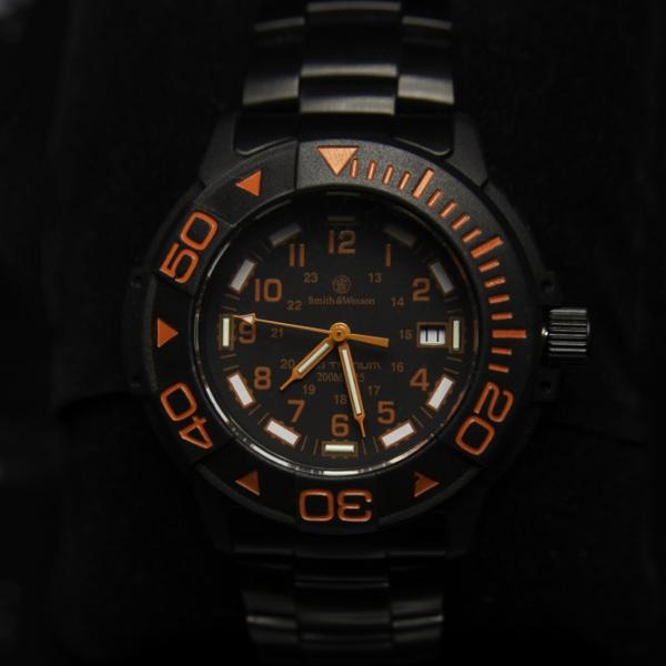 【超特価】スミス&ウェッソン/S&W  DIVER ダイバー  ウォッチ 発光トリチウム 腕時計 SW900OR