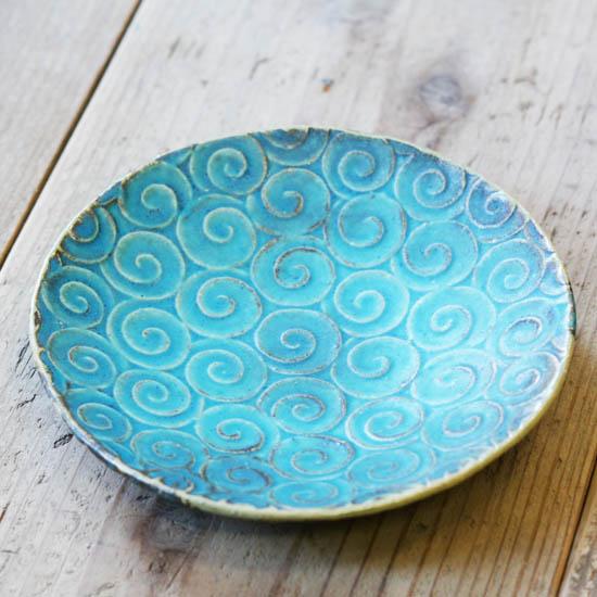 渦巻き皿(トルコブルー) 佐藤りぢゅう