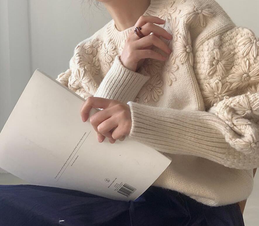 2021年秋冬新作 レディース 韓国風 セーター 長袖 花柄 気質 通勤 おしゃれ 2色フリー