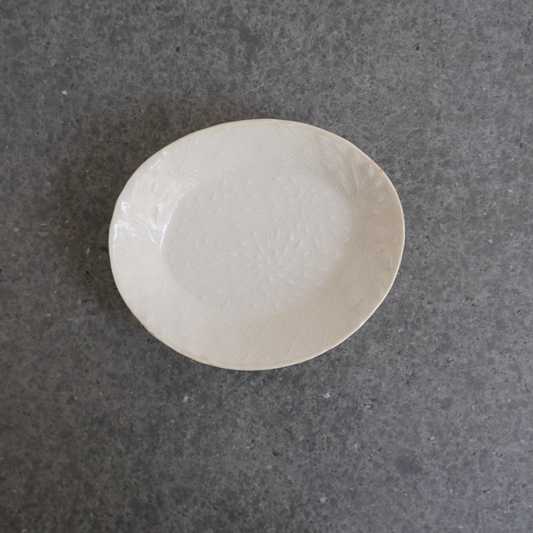 斉藤幸代 豆皿 野の花・白 8cm×9.5cm