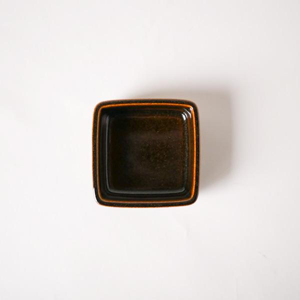 下嶽智美 角皿 特小 飴釉 8×8cm
