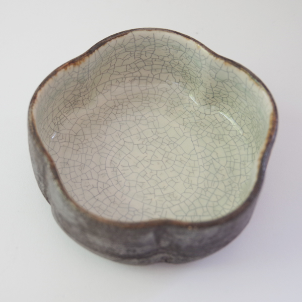 谷井直人 白×黒 筒花小鉢