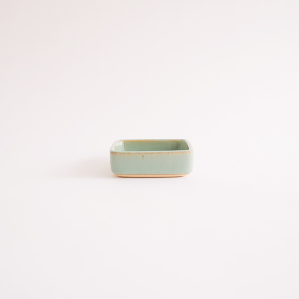 下嶽智美 角皿 特小 model:G 8×8cm