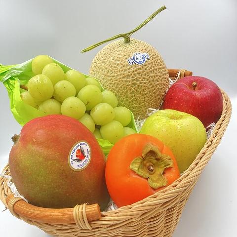 季節のフルーツ盛り合わせ(飛鳥�ロイヤルスイートルーム提供) 【冷蔵便】