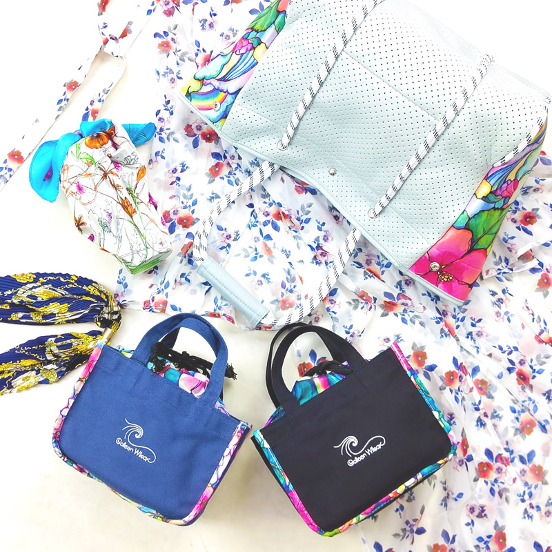LL/1120S41096<br>Colleen Wilcox 保冷巾着&トートバッグセット<br>花柄アートデザインバッグ