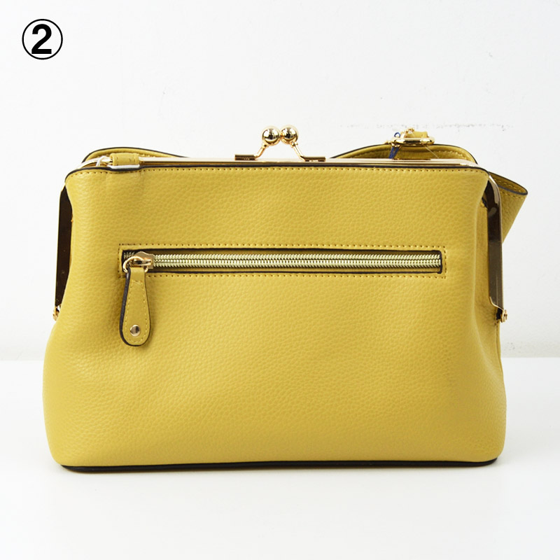 TO/50-LR401<br>SIMPLE BAG<br>リボンチャーム付属がま口ショルダーバッグ