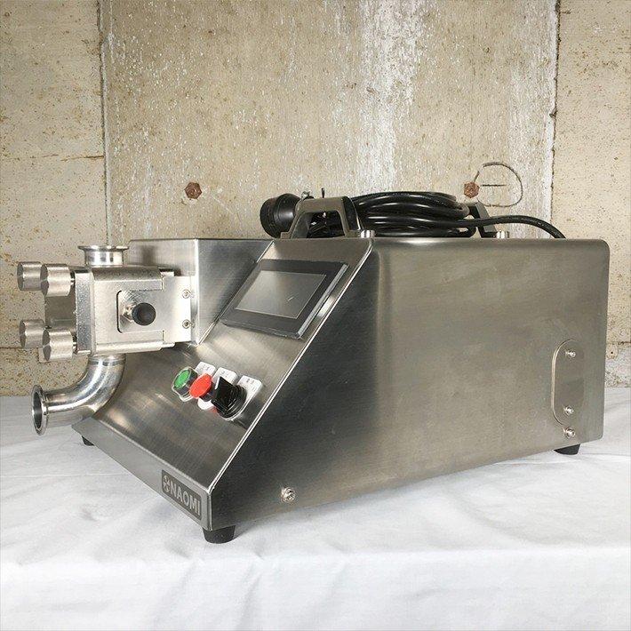 中古 厨房機器 2017年製 株式会社ナオミ ギアポンプ充填機 大容量タイプ RX02 W GU02 6Kg計量ユニット 半自動 3相200V 卓上