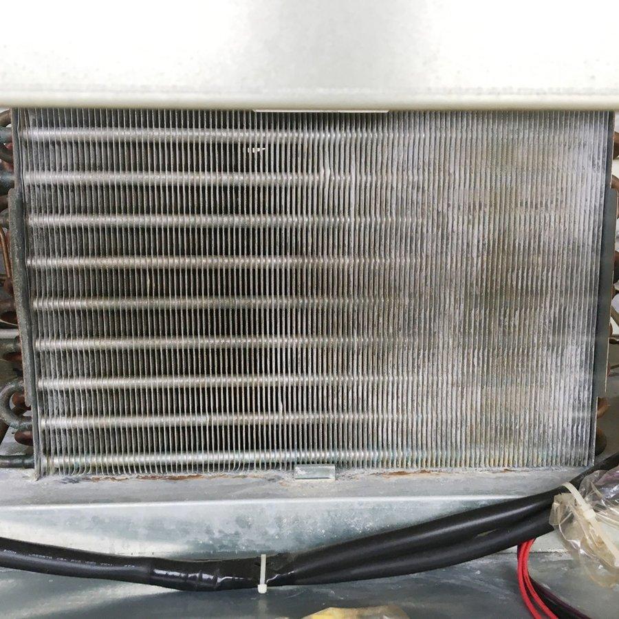 中古 厨房機器 2011年製 大和冷機 業務用 タテ型インバーター冷凍庫 603SSEC ガラスショーケース付き 幅1800 奥800 高1905mm 有効内容積 1629L 三相200V